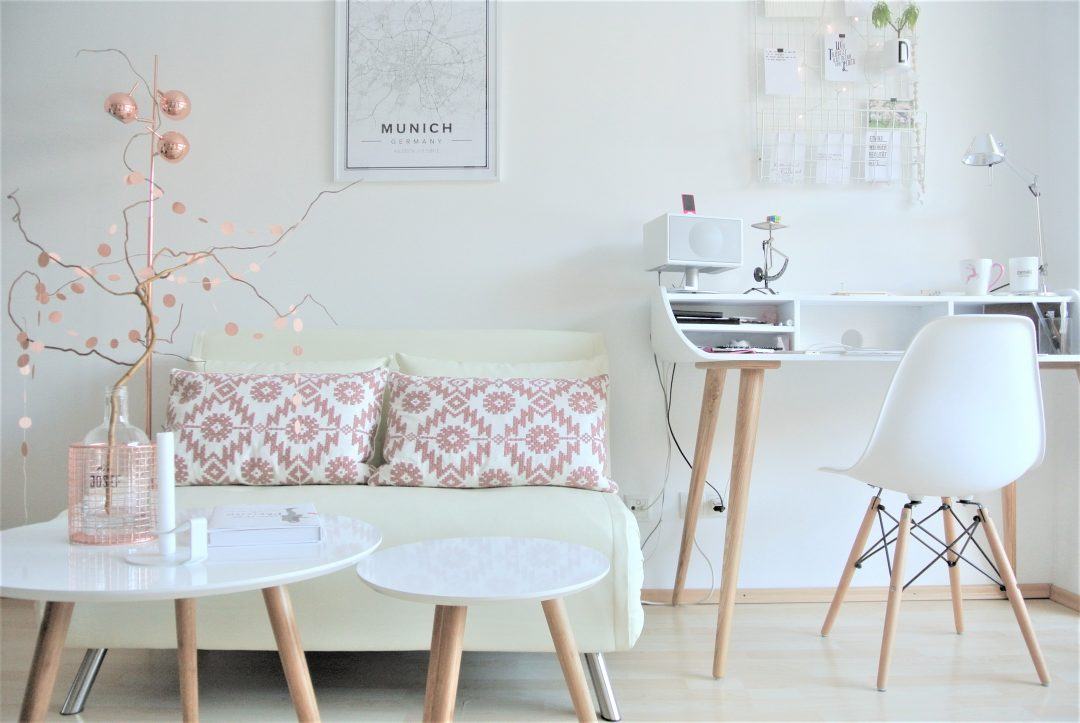 ein homeoffice zum wohlf hlen gestaltet mit liebe zum detail l sst es die ideen sprudeln. Black Bedroom Furniture Sets. Home Design Ideas