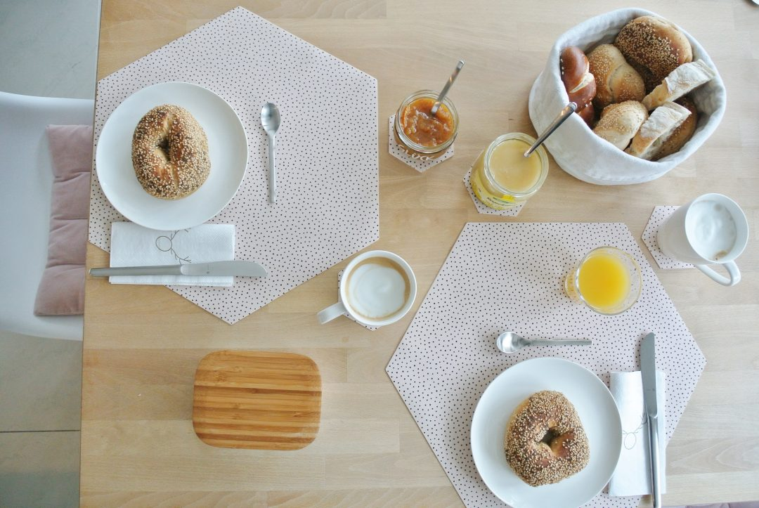 Giveaway-zum-3. Advent-Tischsets-By-May-Wohngoldstück