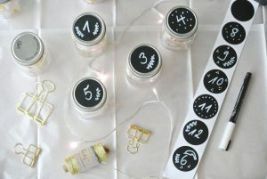 DIY-Adventskalender-Mason-Mini-Jar-Tafelsticker