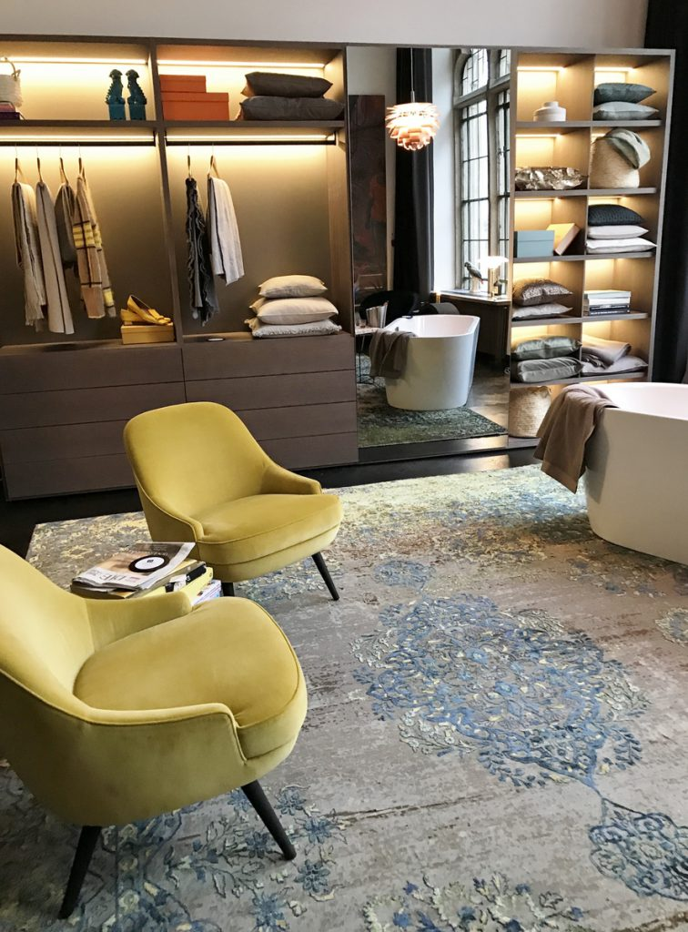 SoLebIch-Apartment-imm-cologne-2019-Vestiaire-Schrank-Kettnaker-Sessel-Walter-Knoll