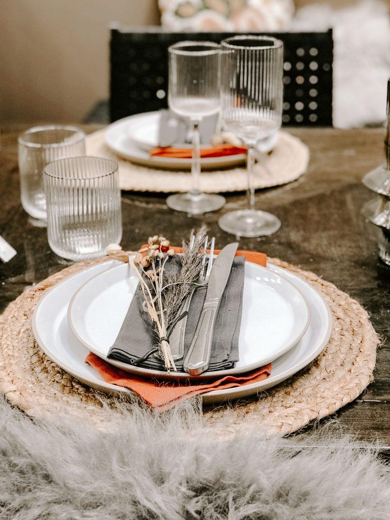 TrendSet Sommer 2019 Interior Trends Herbst und Winter 2019, Tischsets mit Geschirr von Nordal Interiors