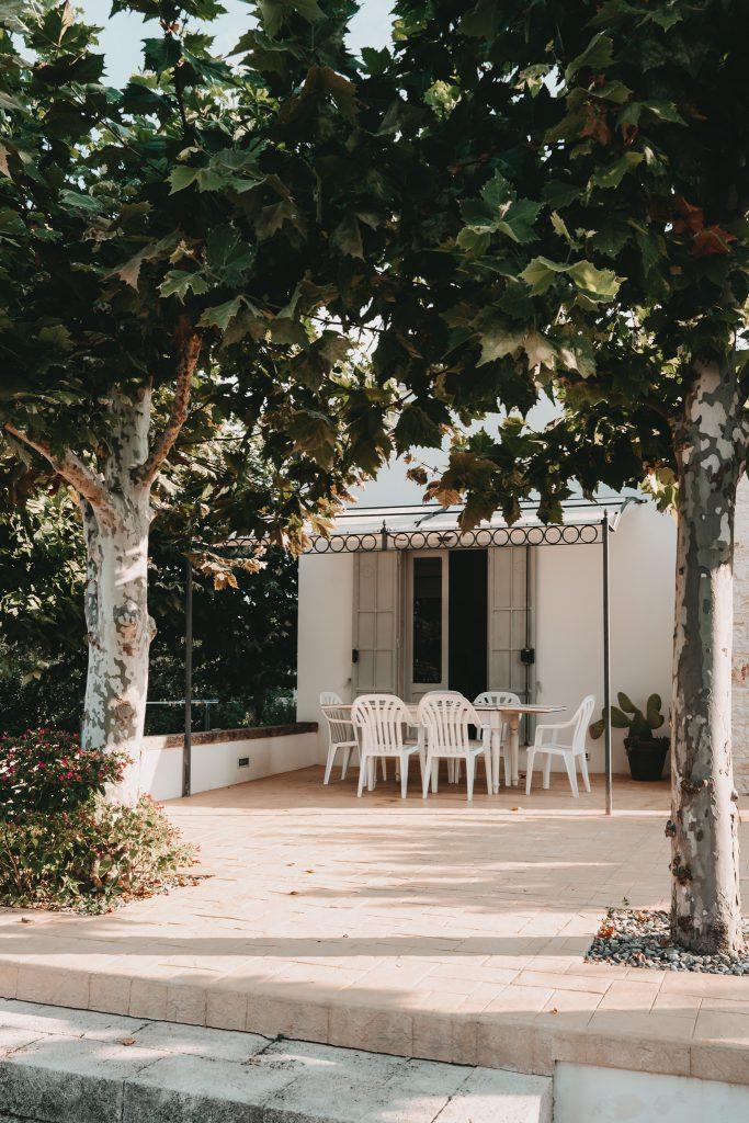 Ferienhaus-Apulien-Locorotondo-Terrasse