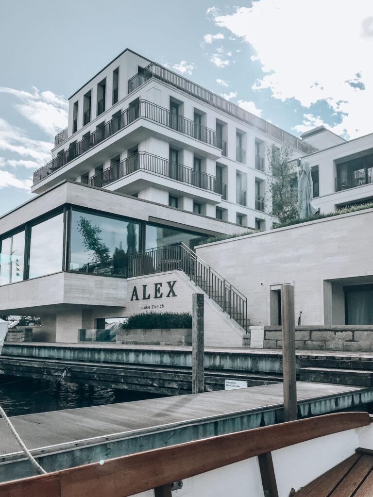 Alex-Lake-Zuerich-Boutique-Luxushotel-Zuerichsee-Fassade-Seeseite