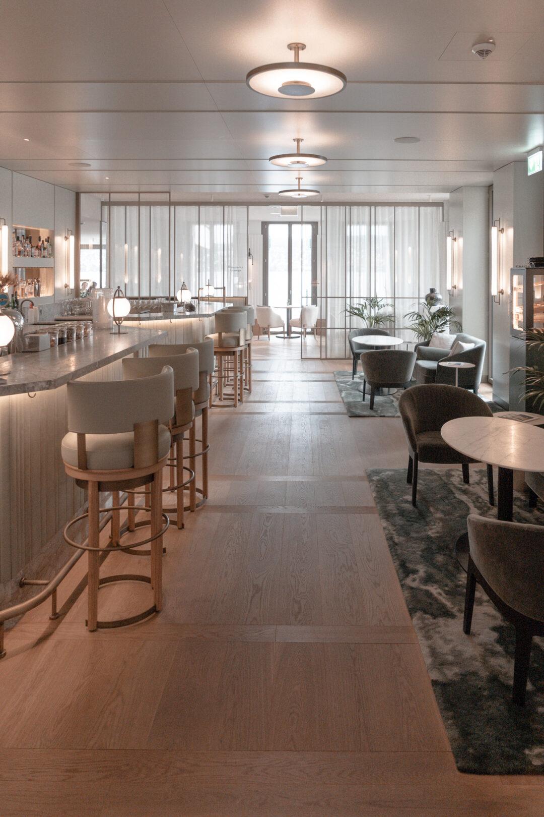 Alex-Lake-Zuerich-Boutique-Luxushotel-Zuerichsee-Lobby-Lounge-Alex-Bar