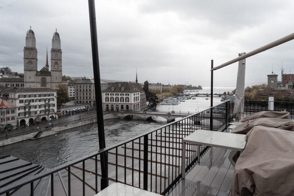 hotel-storchen-zuerich-fuenf-sterne-hotel-rooftop-bar-the-nest-travel-blog
