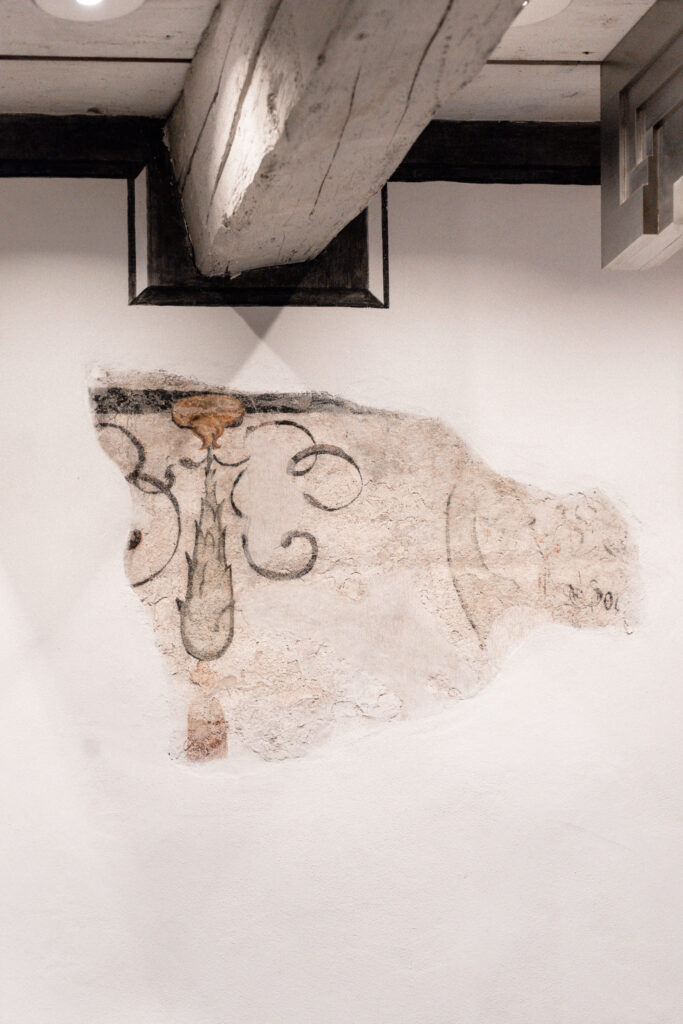 widder-hotel-zuerich-altstadt-lounge-fresko-wandmalerei
