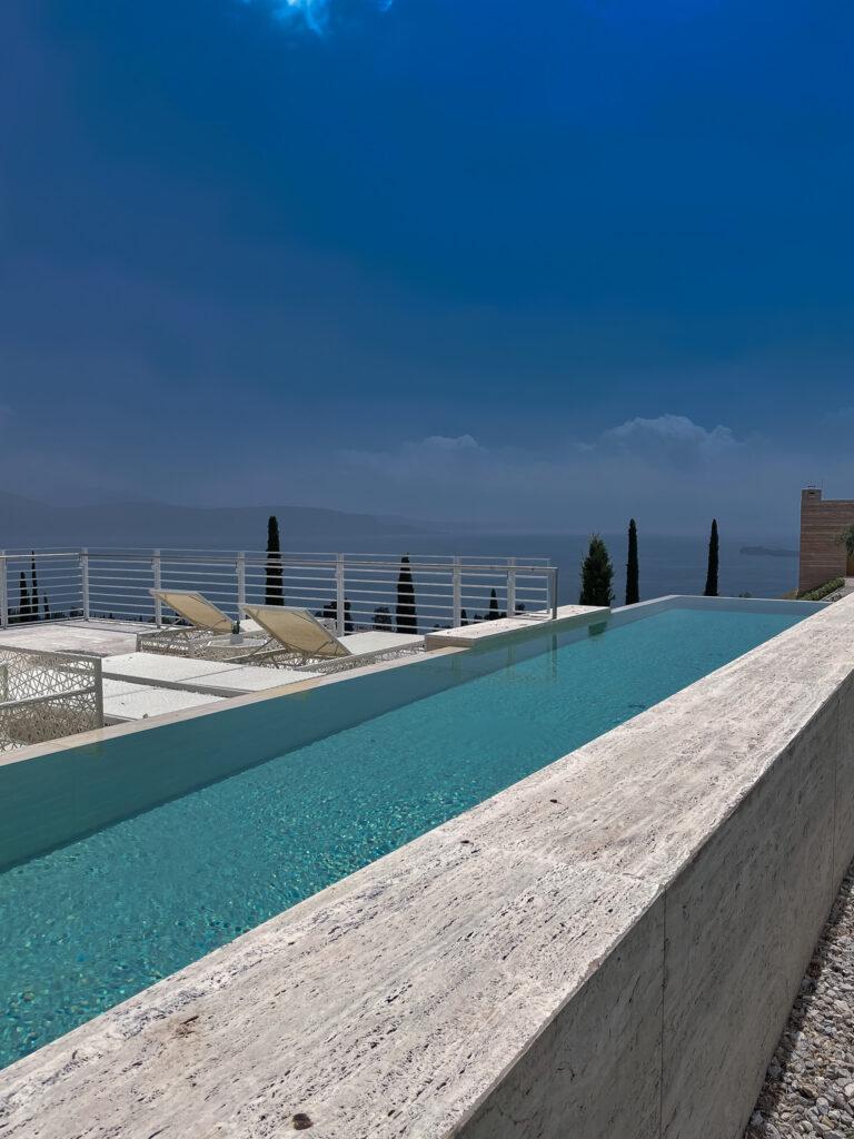 Eden-Reserve-Hotel-Villas-Luxushotel-Gardasee-Villa-Richard-Meier-Pool
