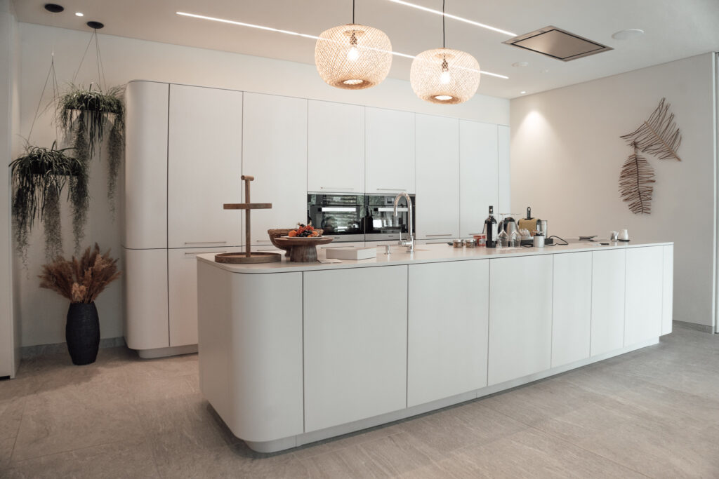 Eden-Reserve-Luxury-Resort-Gardasee-Landmark-II_Penthouse-Villa-Apartment-Küche