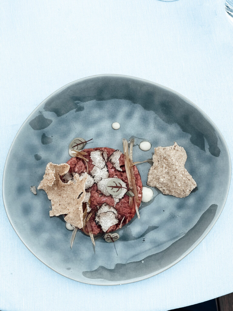 Eden-Reserve-Luxury-Resort-Gardasee-Restaurant-Abendessen-Antipasti-Rindfleischtatare